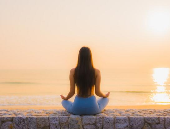 Suka Berjemur di Pagi Hari? Simak 7 Manfaatnya Bagi Tubuh Kita!
